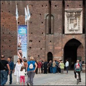Utanför Castello Sforzesco i Milano